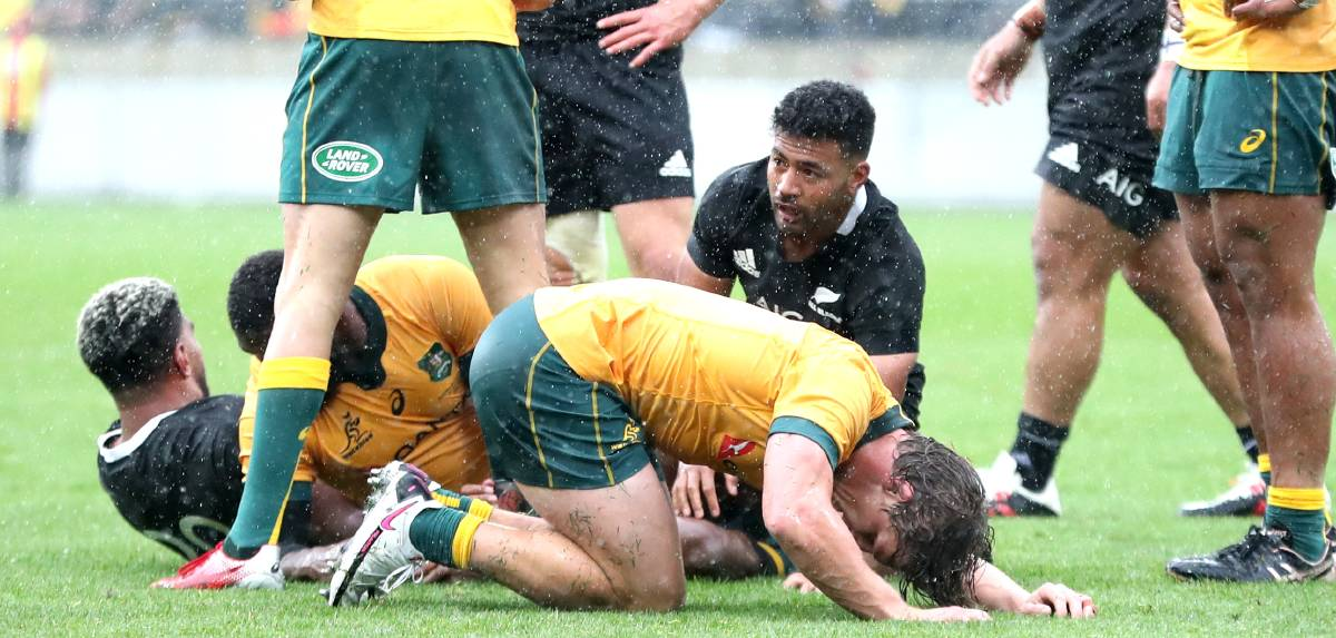 The Wallabies and All Blacks gave it everything for 89 minutes and could not be split. Picture: Getty