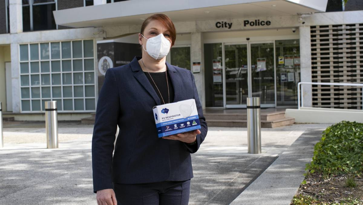 How police can still identify criminals in a time of COVID mask-wearing