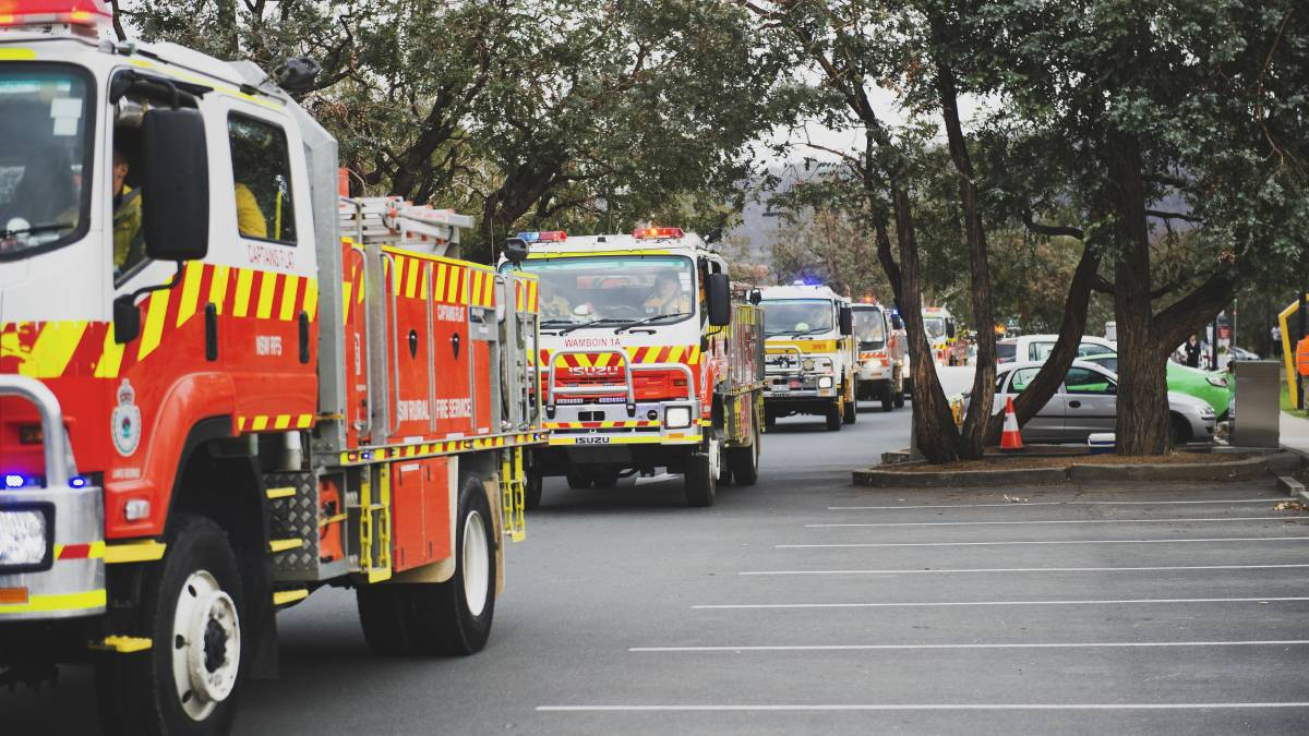 NSW Rural Fire Service trucks in Bungendore. ACT fire officials say year-round access to the Bureau of Meteorology's forecasters would be more useful to them than new trucks. Picture: Dion Georgopoulos