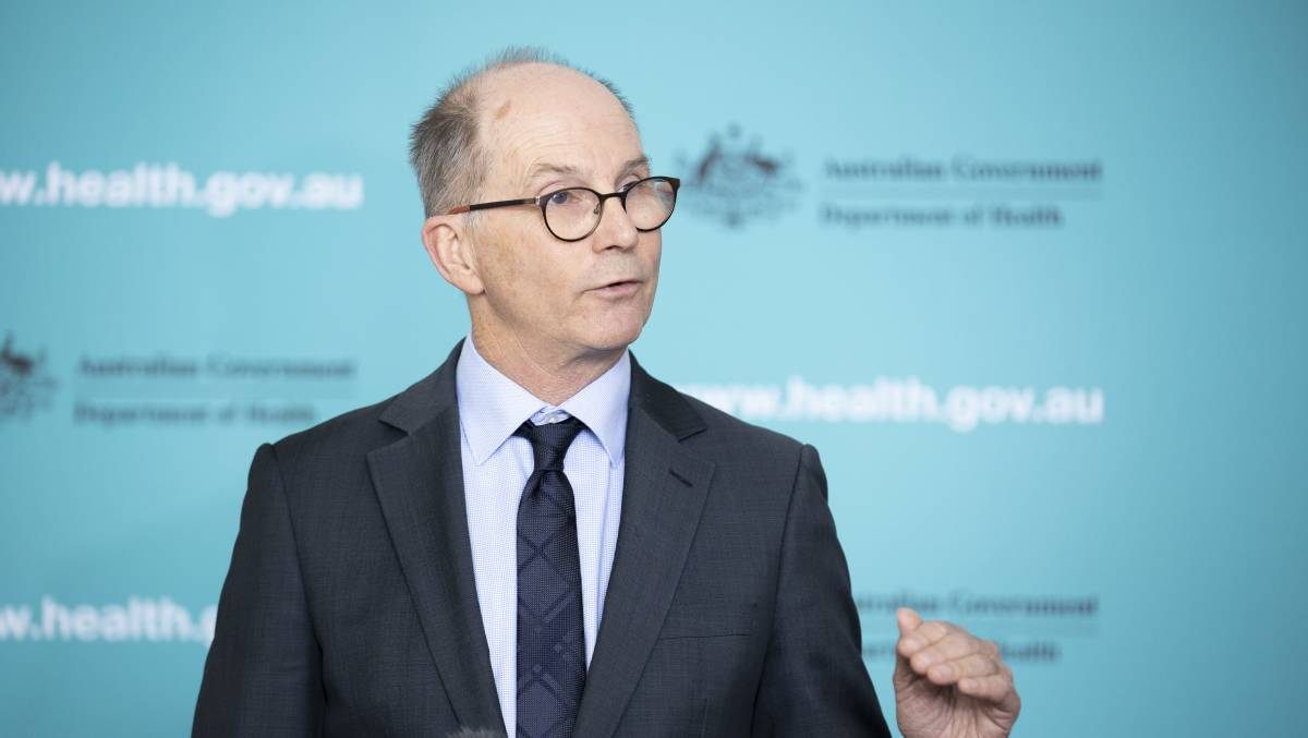 Deputy Chief Medical Officer Paul Kelly says travel restrictions will be part of Australia's response to coronavirus in the future. Picture: Sitthixay Ditthavong