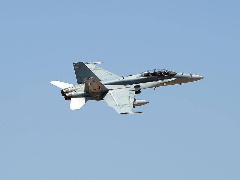 Australia's Super Hornets and Growlers have been grounded indefinitely during an investigation.