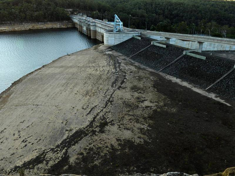 A plan to raise Warragamba Dam's wall has led to concerns about flooding in NSW's Blue Mountains.